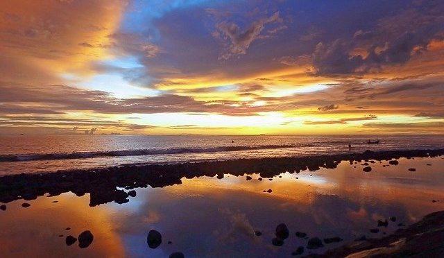 Ciri Khas dari Beberapa Baju Adat Sulawesi Utara